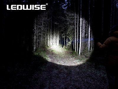 1500lm LED lukturis LEDWISE VILLAIN ar 3,4Ah akumulatoru