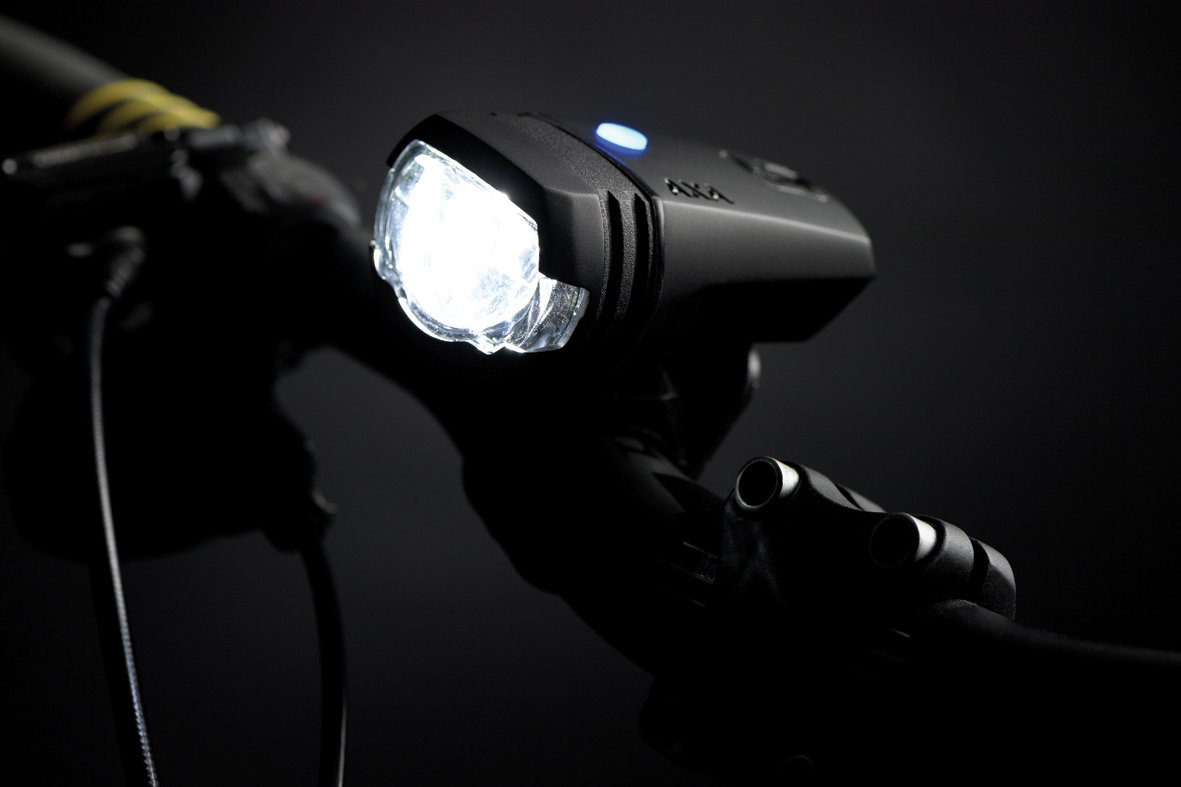 35 lux LED velosipēda priekšējais lukturis AXA GREENLINE ar akumulatoru